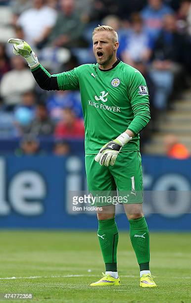 Kasper Schmeichel shouts instructions during the Premier League match between Leicester City and Queens Park Rangers at The King Power Stadium on May...