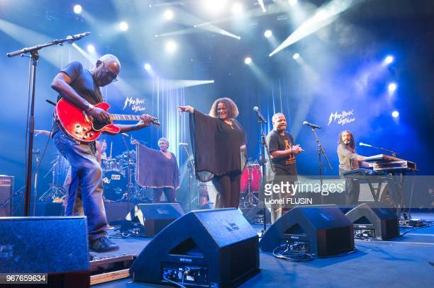 89 photos et images de Kassav - Getty Images