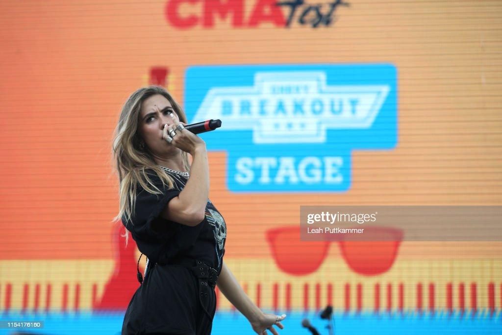 2019 CMA Music Festival - Day 1 : News Photo