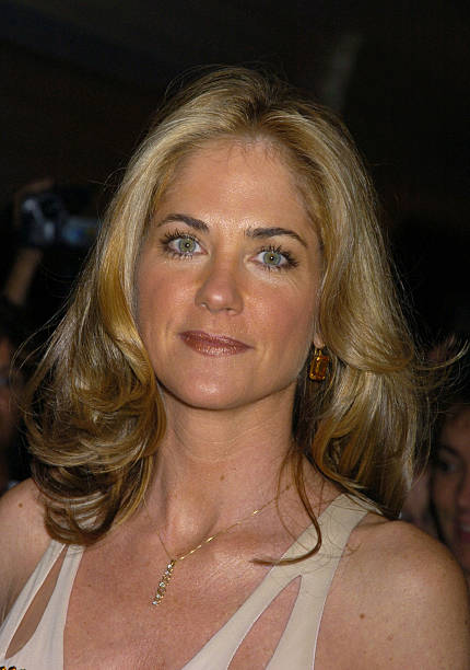 Photos Et Images De Kassie Depaiva Performs Her First Cabaret Act In
