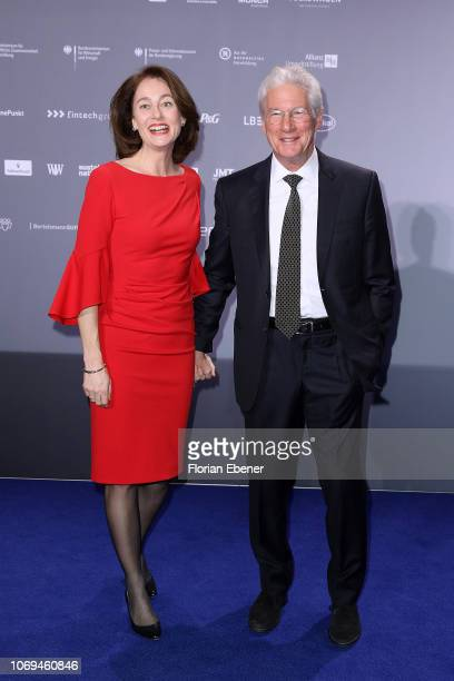 Katarina Barley and Richard Gere attend the German Sustainability Award at Maritim Hotel on December 7, 2018 in Duesseldorf, Germany.