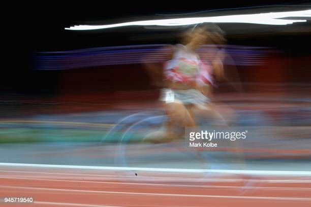 Katarina JohnsonThompson of England competes in the Women's Heptathlon 800m during athletics on day nine of the Gold Coast 2018 Commonwealth Games at...