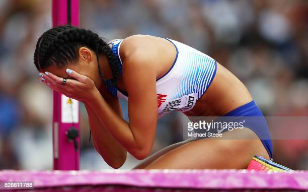 Katarina JohnsonThompson of Great Britain looks dejected in the Women's Heptathlon High Jump during day two of the 16th IAAF World Athletics...