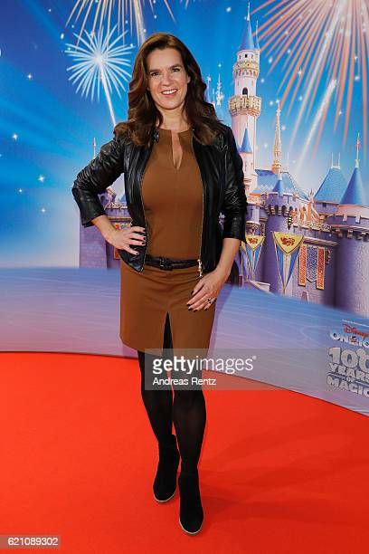 Katarina Witt attends the premiere of 'Disney on Ice 100 Jahre voller Zauber' at Lanxess Arena on November 4 2016 in Cologne Germany