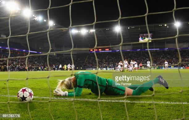 Katarzyna Kiedrzynek of Paris SaintGermain Feminines looks dejected after penalty shoot out defeat during the UEFA Women's Champions League Final...