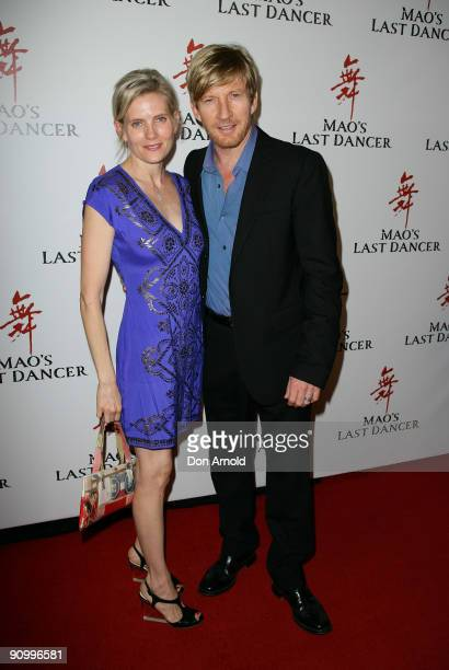 Kate Agnew and David Wenham arrive for the premiere of 'Mao' Last Dancer' at the State Theatre on September 21 2009 in Sydney Australia