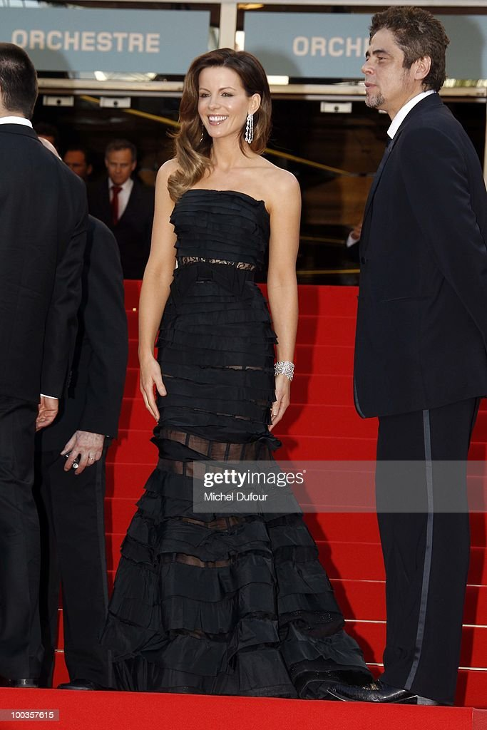 Kate Beckinsale and Benicioo del Toro attends the Palme d'Or Award Closing Ceremony held at the Palais des Festivals during the 63rd Annual Cannes Film Festival on May 23, 2010 in Cannes, France.