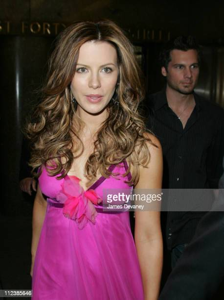 Kate Beckinsale and Len Wiseman during Kate Beckinsale Stops by Last Call With Carson Daly at Rockefeller Center in New York City New York United...