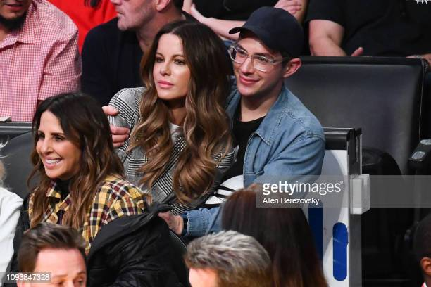 Kate Beckinsale and Stephen Simbari attend a basketball game between the Los Angeles Lakers and the Cleveland Cavaliers at Staples Center on January...