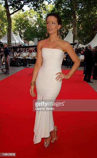 Kate Beckinsale arrives at UK premiere of 'Die Hard 40' at Empire Leicester Square on June 20 2007 in London England