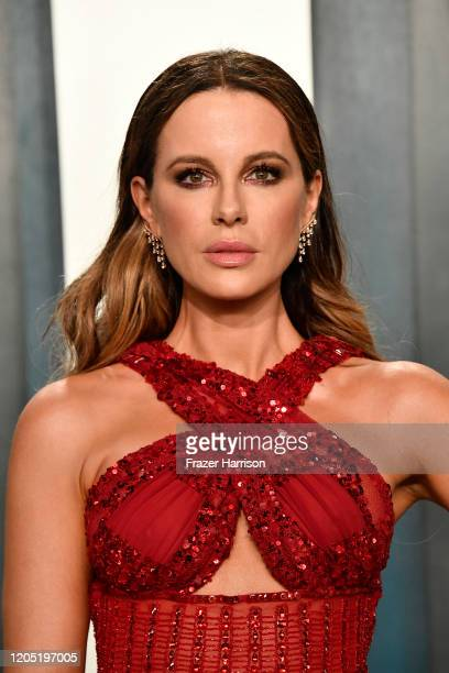 Kate Beckinsale attends the 2020 Vanity Fair Oscar Party hosted by Radhika Jones at Wallis Annenberg Center for the Performing Arts on February 09...