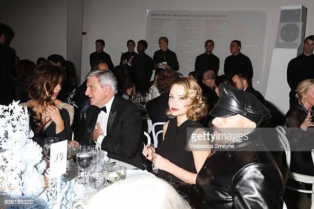 Kate Beckinsale Sidney Toledano Haley Bennett and Peter Marino attend the Guggenheim International Gala at the Solomon R Guggenheim Museum on...