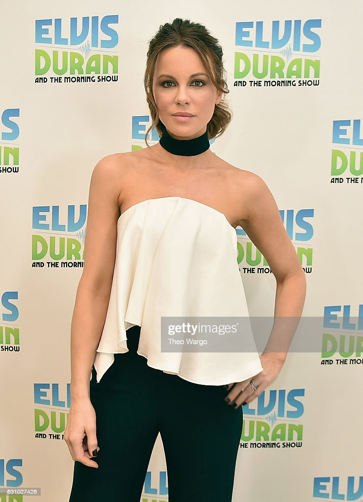 Kate Beckinsale Visits 'The Elvis Duran Z100 Morning Show' at Z100 Studio on January 4, 2017 in New York City.