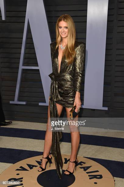 Kate Bock attends the 2018 Vanity Fair Oscar Party hosted by Radhika Jones at the Wallis Annenberg Center for the Performing Arts on March 4 2018 in...
