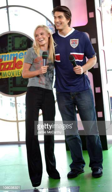 """Kate Bosworth and Brandon Routh during Rosario Dawson, Kate Bosworth & Brandon Routh Visit MTV's """"TRL"""" - June 28, 2006 at MTV Studios in New York..."""