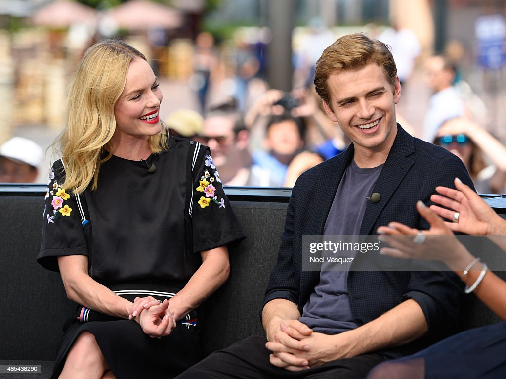 Kate Bosworth (L) and Hayden Christensen visits 'Extra' at Universal Studios Hollywood on August 27, 2015 in Universal City, California.