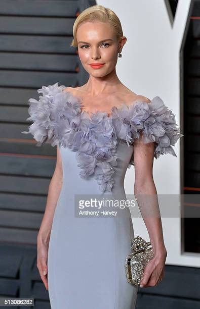Kate Bosworth attends the 2016 Vanity Fair Oscar Party hosted By Graydon Carter at Wallis Annenberg Center for the Performing Arts on February 28...
