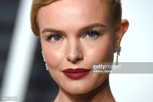 Kate Bosworth attends the 2017 Vanity Fair Oscar Party hosted by Graydon Carter at Wallis Annenberg Center for the Performing Arts on February 26...