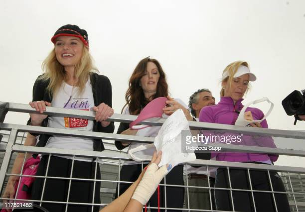 Kate Bosworth Julianne Moore and Felicity Huffman