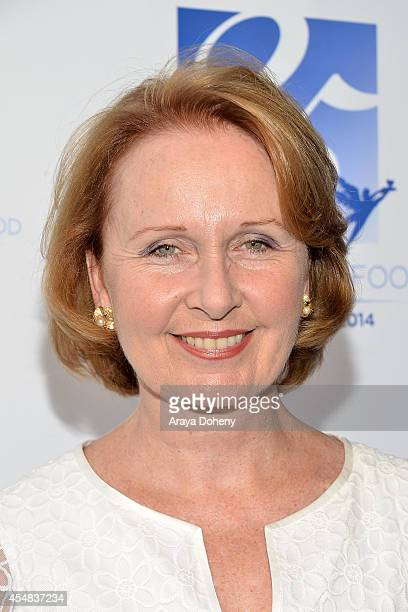 Kate Burton attends the Project Angel Food's 25th Anniversary Angel Awards 2014 honoring Aileen Getty with the Inaugural Elizabeth Taylor Leadership...
