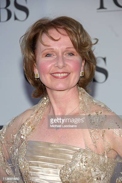 """Kate Burton nominee for Best Performance by a Leading Actress in a Play for """"The Constant Wife"""""""