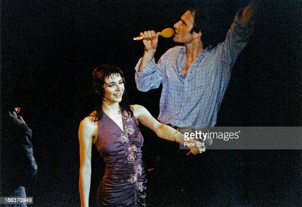 Kate Bush and Steve Harley on stage at the Bill Duffield benefit concert at Hammersmith Odeon on May 12th 1979 in London England Bill Duffield was a...