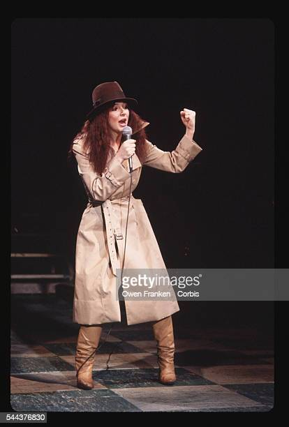 Kate Bush Performing on Saturday Night Live