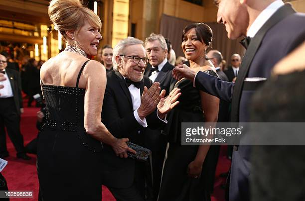Kate Capshaw director Steven Spielberg actor Robert De Niro Grace Hightower and actor Daniel DayLewis arrive at the Oscars held at Hollywood Highland...