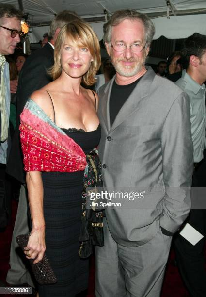 Kate Capshaw Steven Spielberg during Road to Perdition New York Premiere at Ziegfeld Theatre in New York City New York United States