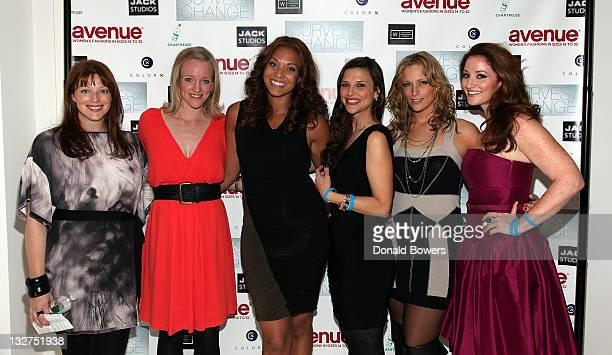 Kate Dillon Margaret Butler Julie Henderson Chella Ferrow Lizzie Miller and Bernadett Vajda attend The Models of Wilhelmina Curve Present Curves for...