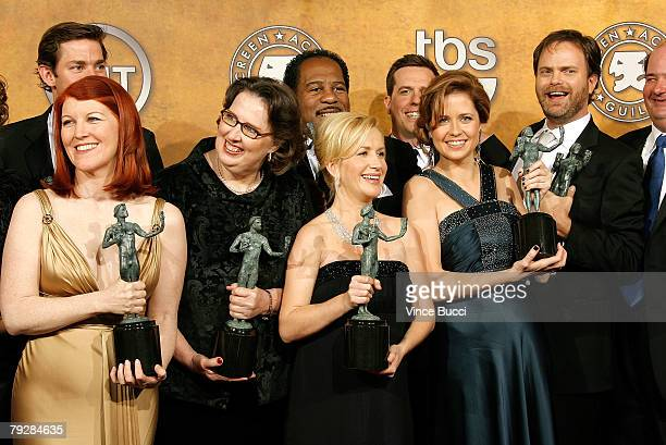 Kate Flannery, Phyllis Smith, Angela Kinsey, Jenna Fischer and Rainn Wilson pose with the Outstanding Performance by an Ensemble in a Comedy Series...