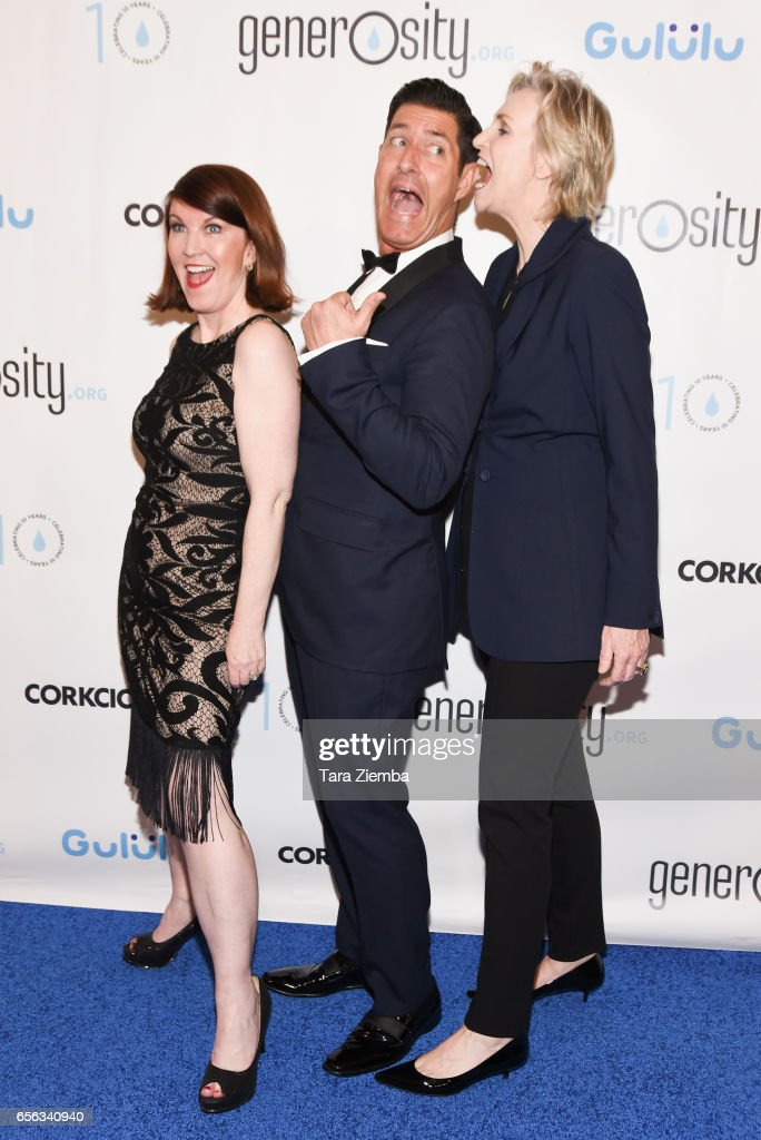 Kate Flannery, Tim Davis and Jane Lynch attend a Generosity.org fundraiser for World Water Day at Montage Hotel on March 21, 2017 in Beverly Hills, California.