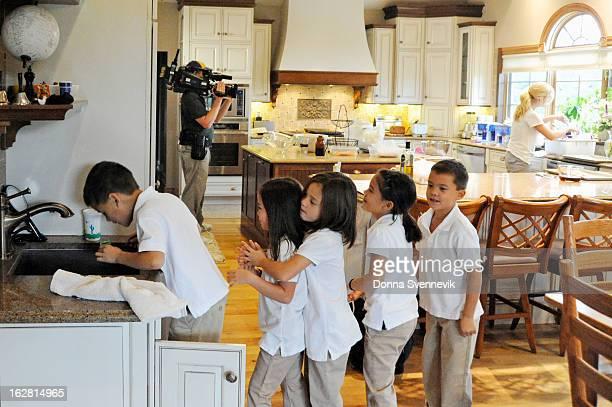 SWAP Kate Gosselin / Kendra Wilkinson Season Two of Celebrity Wife Swap kicks off with reality television mom Kate Gosselin and former Playboy...