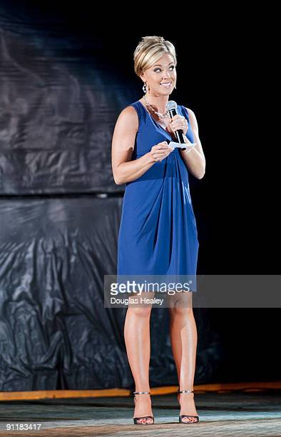 Kate Gosselin of John and Kate Plus 8 reality TV on TLC introduces ice skaters during the 8th annual Stars Stripes Skates to benifit the Heritage...