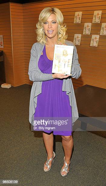 Kate Gosselin signs copies of her book ''I Just Want You To Know Letters to my kids on Love Faith and Family'' at the Barnes Noble at the 3rd Street...