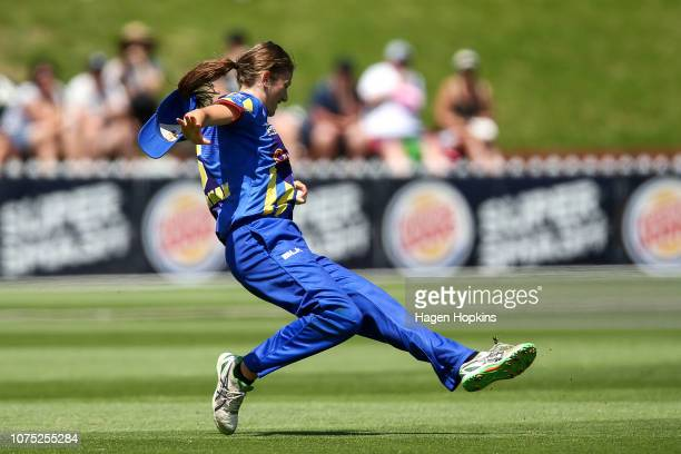 Kate Heffernan of Otago takes a catch to dismiss Amelia Kerr of Wellington during the T20 match between the Wellington Blaze and the Otago Sparks at...
