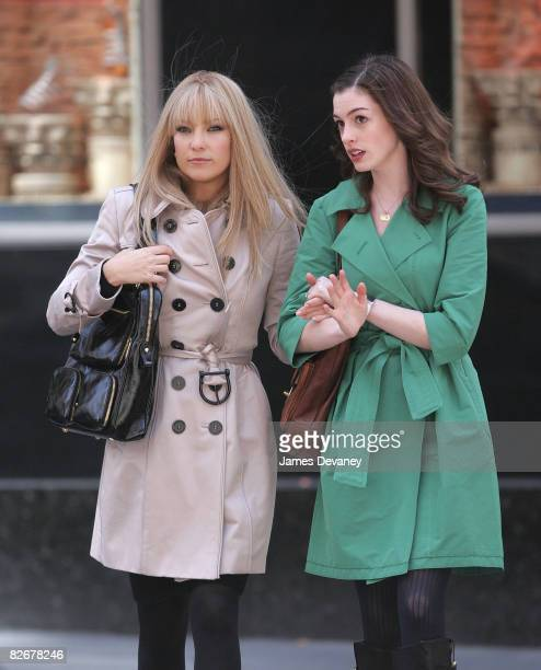 Kate Hudson And Anne Hathaway On Location For Bride Wars