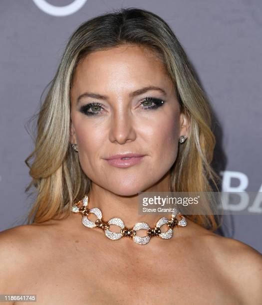 Kate Hudson arrives at the 2019 Baby2Baby Gala Presented By Paul Mitchell at 3LABS on November 09, 2019 in Culver City, California.
