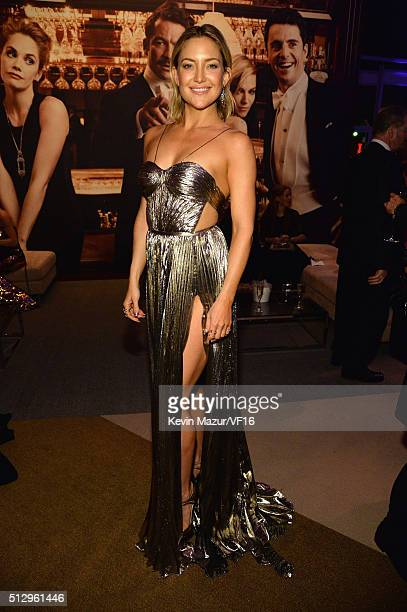 Kate Hudson attends the 2016 Vanity Fair Oscar Party Hosted By Graydon Carter at the Wallis Annenberg Center for the Performing Arts on February 28...