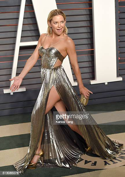 Kate Hudson attends the 2016 Vanity Fair Oscar Party Hosted By Graydon Carter at Wallis Annenberg Center for the Performing Arts on February 28 2016...