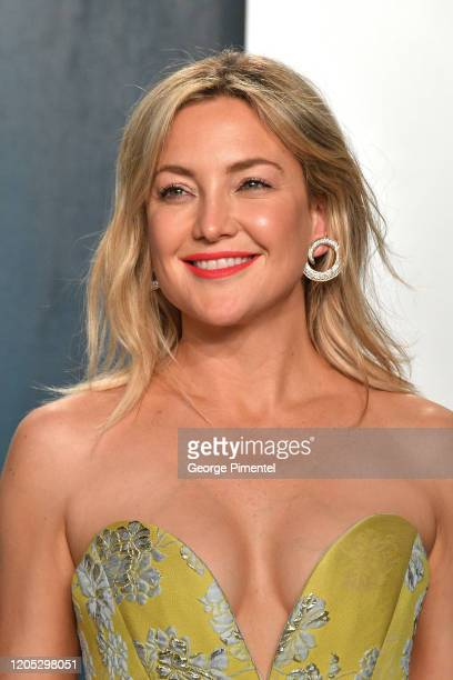 Kate Hudson attends the 2020 Vanity Fair Oscar party hosted by Radhika Jones at Wallis Annenberg Center for the Performing Arts on February 09, 2020...