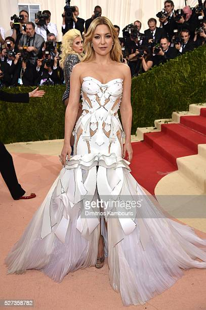 Kate Hudson attends the 'Manus x Machina Fashion In An Age Of Technology' Costume Institute Gala at Metropolitan Museum of Art on May 2 2016 in New...