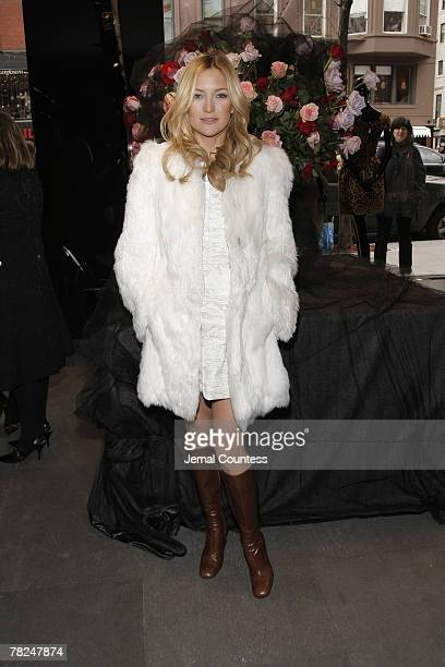 Kate Hudson attends the opening of the new Dolce Gabbana women's store December 3 2007 at 825 Madison Avenue in New York City