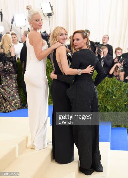 Kate Hudson Naomi Watts and Stella McCartney attend the 'Rei Kawakubo/Comme des Garcons Art Of The InBetween' Costume Institute Gala at Metropolitan...