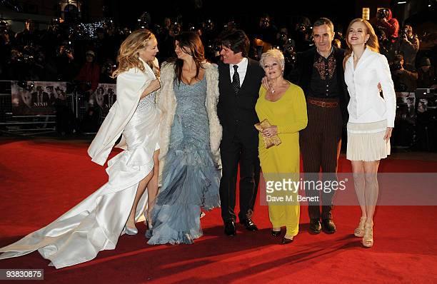 Kate Hudson Penelope Cruz Rob Marshall Dame Judi Dench Daniel Day Lewis and Nicole Kidman attend the 'Nine' world film premiere at the Odeon...