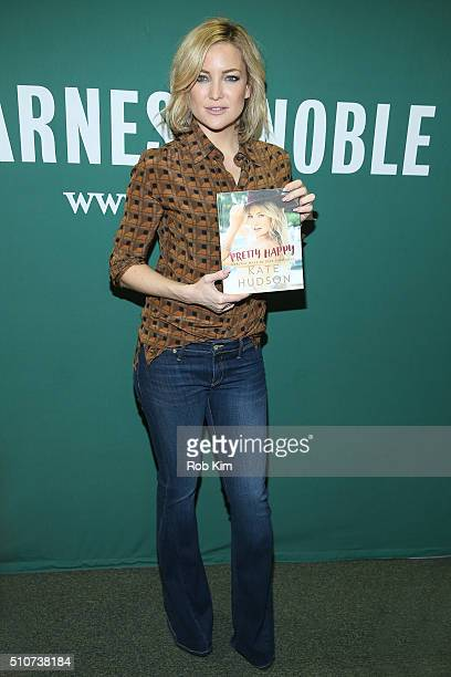 """Kate Hudson promotes her new book, """"Pretty Happy: Healthy Ways to Love Your Body"""" at Barnes & Noble Union Square on February 16, 2016 in New York..."""