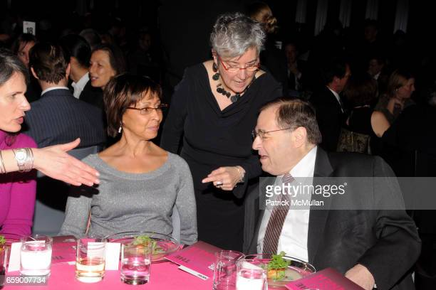 Kate Levin Patrice Walker Powell Maggie Boepple and Congressman Jerry Nadler attend LOWER MANHATTAN CULTURAL COUNCIL 2009 Downtown Dinner Gala at 7...
