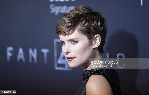 """Kate Mara poses for a picture as she attends the """"Fantastic Four"""" premiere in Brooklyn, New York on August 04, 2015. AFP PHOTO / KENA BETANCUR"""