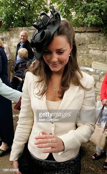 Kate Middleton Prince William'S Girlfriend Arrives At The Society Wedding Of Hugh Van Cutsem Junior To Rose Astor At Burford Parish Church In Burford