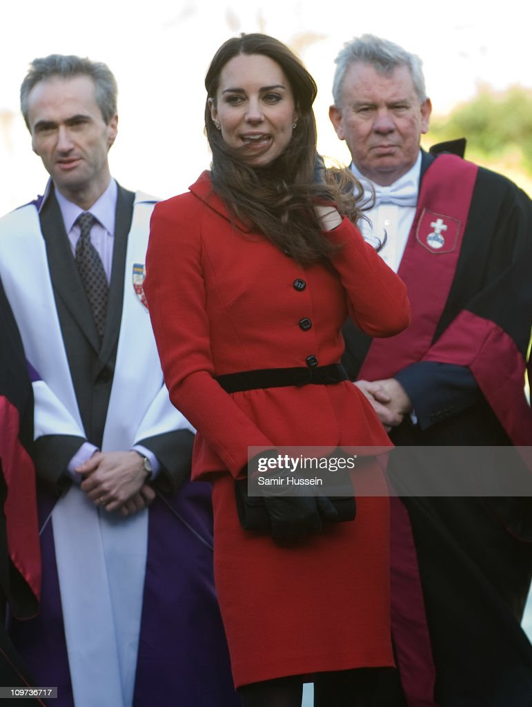 Prince William and Miss Catherine Middleton visit The University Of St Andrews : News Photo